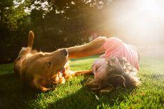 4. Vas a experimentar muchísimo amor. Estos perros entienden, en cierta medida, que los adoptamos de una situación no tan ideal. Y les gusta pagarlo todos los días con amor incondicional.