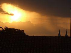 Por do sol em São j. do Rio Pardo S.P