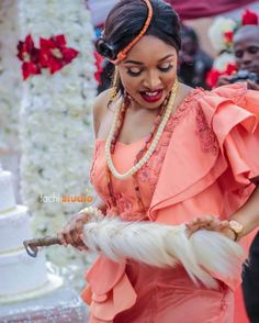 Nwanyi oma 💖💖💖@lilyannuzy Photography: @tachistudio Via: @nekkycynthia 😘😘😘 #igboweddings #igbowedding #igbankwu #igbo #igbobride #igboculture #igboamaka #igbokwenu #igboweddingsonline #iwogiveaway  #uzyokey2018