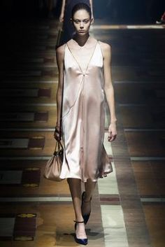 Lanvin Spring 2015 Ready-to-Wear Fashion Show: Complete Collection - Style.com