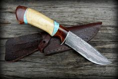 Custom damascus knife / turqouise inlay
