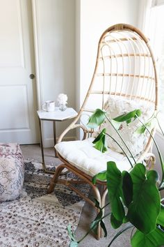 Small Space Home Office Makeover - Boho Rattan Chair Office/work spaces inspiration for Katharine Dever Home Office Furniture, Home Office Decor, Cool Furniture, Home Decor, Office Ideas, Small Space Furniture, Living Furniture, Bedroom Furniture, Furniture Ideas