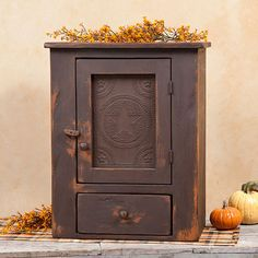 Star Tin Cupboard in Brown over Mustard | Irvin's Country Tinware