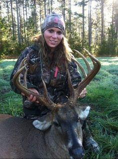Caitlyn Wishinsky harvested her first deer in Fairhope, Alabama. Can you say.... Beginners Luck! What a buck!