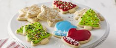 Sugar Cookie Recipe for Cut Out Cookies . Christmas Sugar Cookies with Easy Icing . These Christmas sugar cookies with easy icing are so simple and festive for Sugar Cookie Cutout Recipe, Cut Out Cookie Recipe, Sugar Cookies Recipe, Cookie Recipes, Icing Recipe, Dessert Recipes, Cookie Ideas, Yummy Cookies, Christmas Sugar Cookies