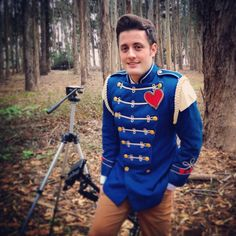 Nick Pitera filming a new cover video. Loving the suit! ❤️