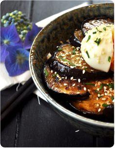 Donburi d'aubergine caramélisée