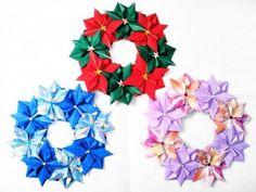 折り紙リースを作ろう〈リース土台編〉 – Handful[ハンドフル] Paper Art, Paper Crafts, Wreaths, Seasons, Party, Christmas, Yahoo, Bags, Christmas Origami