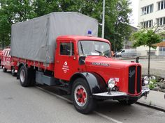 Historical Fire Engines Europe: A unique collection of photographs and technical information about historical fire engines. Fire Engine, Engineering, Europe, Trucks, Usa, Bern, Emergency Vehicles, Firetruck, Mechanical Engineering