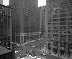 A view of Park Ave. near 32nd St. shows the hustle and bustle of daily traffic in 1962.