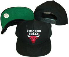 c60658891dd Amazon.com  Chicago Bulls Black Snapback Adjustable Plastic Snap Ba  Sports    Outdoors