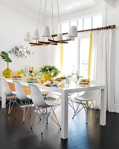 I just love white against very dark wood floors.     Surfer Chic House-03-1 Kind Design