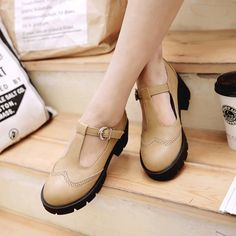 2017 Hot Sale Ankle Strappy Women Block Heels Wing Tip Pumps Creeper Shoes