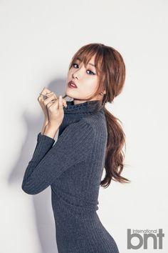 Ji Eun (SECRET) pose pour bnt International