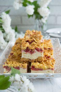 Mirabelkowy blog: Kruche ciasto z truskawkami i lekką budyniową pianką