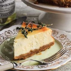 Goats Cheese, Honey and Thyme Cheesecake Gluten Free Cheesecake, Easy Cheesecake Recipes, Dessert Recipes, Apple Slab Pie, Digestive Biscuits, Low Carb Desserts, Goat Cheese, Food Print, Food Processor Recipes