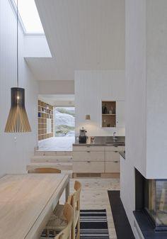 Home Interior Modern .Home Interior Modern . Deco Design, Küchen Design, House Design, Chair Design, Alpine Modern, Interior Design Minimalist, Modern Cabin Interior, Interior Livingroom, Light Hardwood Floors