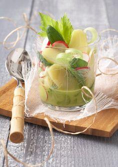 Salade acidultée de Pompadour Label Rouge      Recette sur : http://www.lapommedeterrepompadour.com/recettes/salade-acidulee-de-pompadour-label-rouge/
