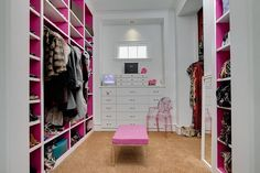 white and pink closet with enough space for shoes and purses ! I like ! #closet #pink