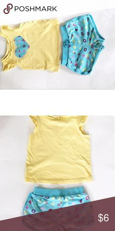 🎀🎉Play time outfit🎀🎉 3T 2 piece set. Short and shirt matching. 3T   EUC slight wash wear. Circo (Target) Dresses