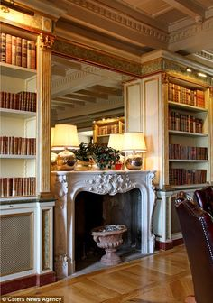 A Venetian library inside to impress guests...