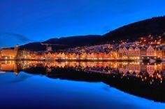 Bergen in the mirror by Stéphanie Benjamin on 500px
