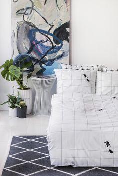 minimalistic white duvet cover