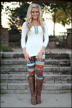 Fall Leggings - love this outfit. Wish I could pull it off...