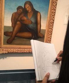 Tarsile-se! Quero agradecer à moça que estava desenhando (fiquei encantada!) e que permitiu que a fotografasse. Como falei no post passado uma das melhores e mais emocionantes exposições! Imperdível! Aproveita o feriado e vai!  #tarsilapopular #tarsilanomasp #tarsiladoamaral #exposicao #splovers #vivacultura_sp #desenho