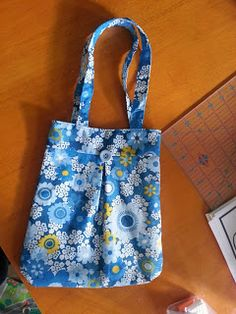 This Novice Sewist: Little girl bag tutorial
