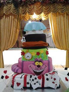 alice in wonderland quinceanera theme | Alice in Wonderland Quince cake — La Quinceanera