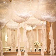 I Love these feather filled bubblegum balloons and would defo buy lots to decorate our wedding. Bubblegum Balloons, Clear Balloons, Giant Balloons, White Balloons, Balloon Tassel, Wedding Balloons, Balloon Party, Engagement Balloons, Balloon Ideas