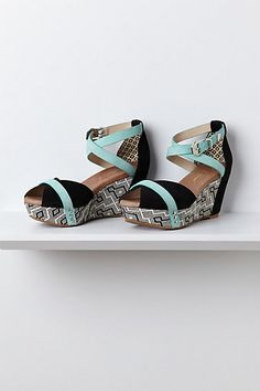 get on my feet now        	SEARCH  	  		 			 			 		   	                            clothingSwimwearPetitesShoesAccessoriesHouse & Home 		  	   	 	   New This WeekOutfits: April CatalogWhen It RainsInto the Garden                                      jQuery(document).ready(function () { 	use strict; 	(function ($) { 		$(.sn-new a).attr(href, $(.sn-new a).attr(