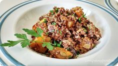 Con pan y postre: Ensalada caliente de quinoa roja con calabaza espe...