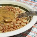 Gombapaprikás pirított tarhonyával Macaroni And Cheese, Ethnic Recipes, Food, Essen, Mac And Cheese, Yemek, Meals