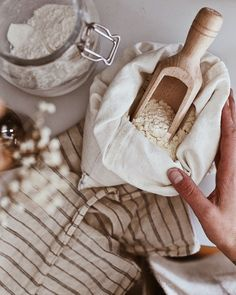 The Zero Waste Collective's 2018 Holiday Gift Guide for Zero Waste In The Kitchen and Cleaning: Dans le Sac Zero Waste, Muslin Bags, Cotton Muslin, Cotton Canvas, Cotton Fabric, Living At Home, Slow Living, Mindful Living, Sustainable Living