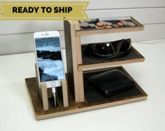 IPhone-Dock mit Valet-Tray von ImproveResults auf Etsy