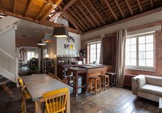 Now this is THE loft.  Ragged School-19-1 Kind Design