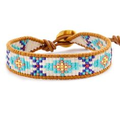 Chan Luu - Turquoise Mix Beaded Bracelet on Henna Leather, Bracelets Design, Bead Loom Bracelets, Beaded Bracelet Patterns, Beaded Wrap Bracelets, Jewelry Bracelets, Jewelry Patterns, Seed Bead Jewelry, Beaded Jewelry, Seed Beads