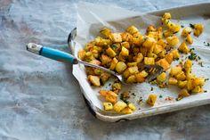 Spicy Lebanese potatoes (batata harra)