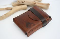 Cigarette Case,Gifts for smokers, Smoking Accessories,Cigars & lighter… Leather Cigar Case, Leather Tobacco Pouch, Leather Cigarette Case, Custom Leather Belts, Vintage Cigarette Case, Leather Pouch, Leather Bags, Cigarette Box Crafts, Cigar Lighters