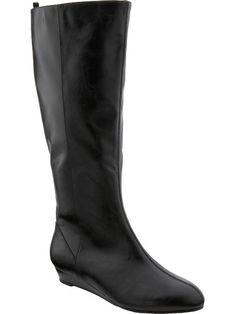 Tsubo Baco Boots. The perfect minimalist black boots. Sleek & chic!