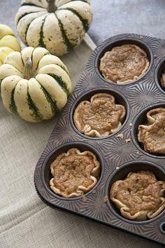 Mini Pumpkin Pies for Thanksgiving