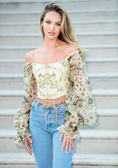 Best Indoor Garden Ideas for 2020 - Modern Star Fashion, Fashion Outfits, Womens Fashion, Corset Blouse, Paris Outfits, Candice Swanepoel, Best Model, Lingerie Collection, Beautiful Models