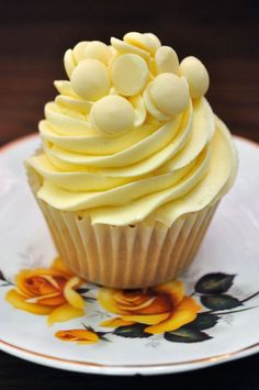 White Chocolate Cupcakes with White Chocolate Buttercream: