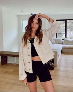 How To Style Biker Shorts - The Glossychic Cute Summer Outfits, Cute Casual Outfits, Short Outfits, Spring Outfits, Fashionable Outfits, Casual Chic, Stylish Outfits, Jumper Shorts Outfit, Denim Shorts Outfit Summer