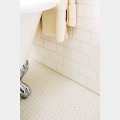 This extraordinary image selections not quite Bathroom Renovation Tan Beige Tub Tile Floors Ideas is White Bathroom Tiles, Tub Tile, Bathroom Tile Designs, Bathroom Floor Tiles, Laundry In Bathroom, Small Bathroom, Tile Floor, White Bathrooms, Cement Tiles