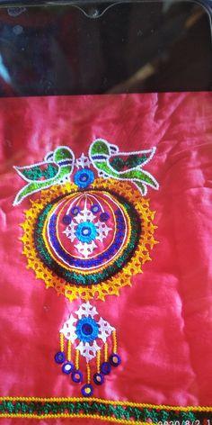 Hand Embroidery Design Patterns, Hand Embroidery Dress, Hand Embroidery Tutorial, Embroidery Flowers Pattern, Embroidered Blouse, Embroidery Stitches, Navratri Dress, Kutch Work Designs, Hand Work Blouse Design