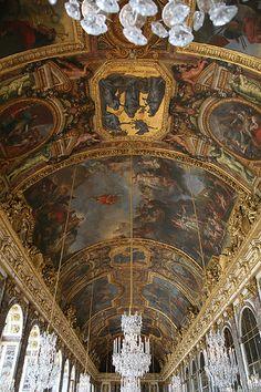 Chateau de Versailles  Hall of Mirrors - Versailles_09