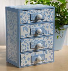 Stencil DIY: Floral Jewelry Box